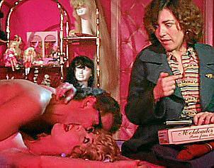 Eine Szene aus dem Film mit Jaime Chávarri, Verónica Forqué und Carmen Maura (v.l.).