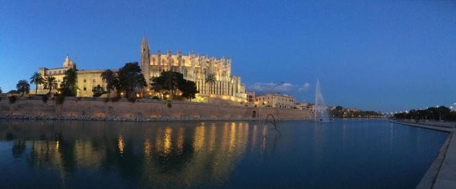 la calatrava vista la catedral barrio noche