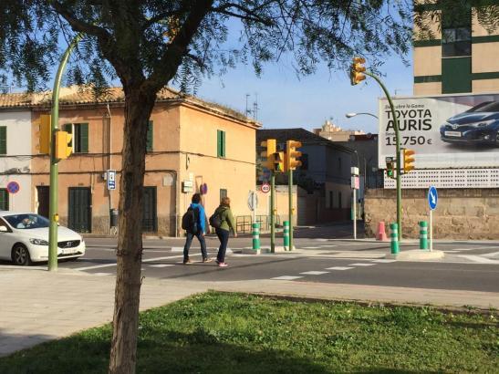 Mehrere Kreuzungen in Palma sollen Ampelblitzer bekommen.