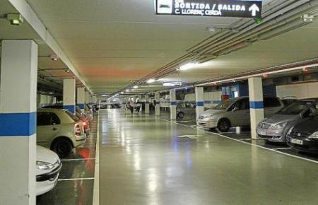 Das Parkhaus an Palmas Via Roma wurde erst vor wenigen Jahren gebaut und bietet 755 Parkplätze.