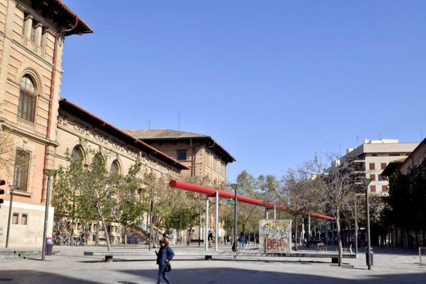 An der Plaza del Tubo versammeln sich am Freitag Schüler zum Klimastreik.