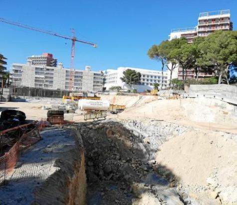 Baustelle an der Playa de Palma.