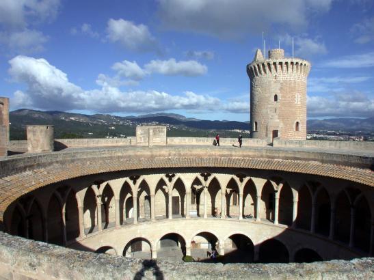 Blick auf die Bellver-Burg.