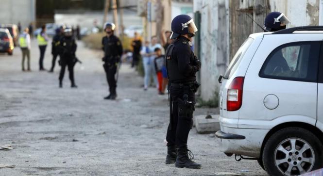Polizisten in Son Banya.