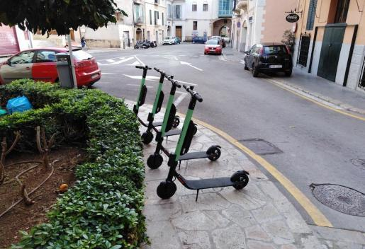 Miet-Elektroroller in Palma.