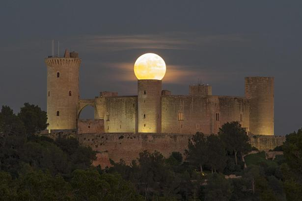 Am Donnerstag abend zeigt sich über Mallorca der dritte Supermond dieses Jahres.