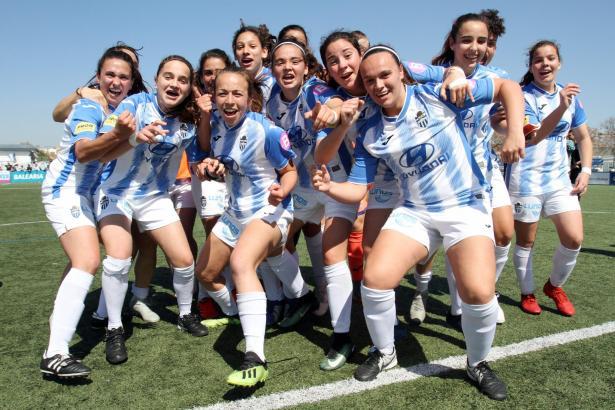 So bejubelten die Frauen von Atlético Baleares am Sonntag ihren Aufstieg in die zweite Liga.