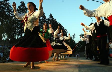 An dem Folklorefestival nehmen 15 internationale und 26 mallorquinische Gruppen teil.