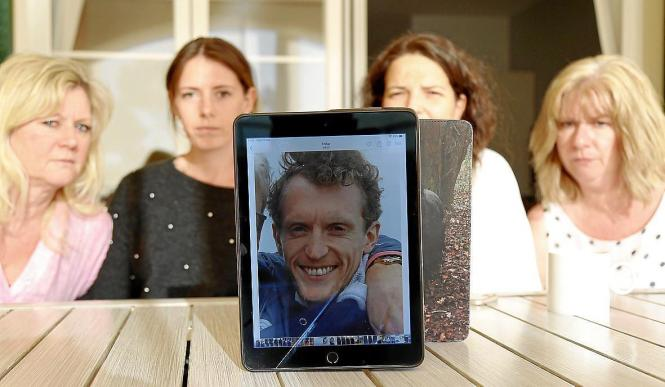 Die Familie des vermissten Briten und seine Freundin glauben, dass er noch lebt und sich auf Mallorca versteckt hält. Der 31-Jäh