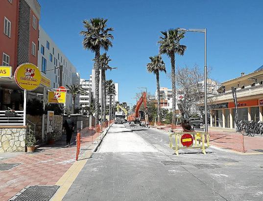 Die Straßenbauarbeiten an der Playa de Palma sollen noch vor Ostern beendet werden.