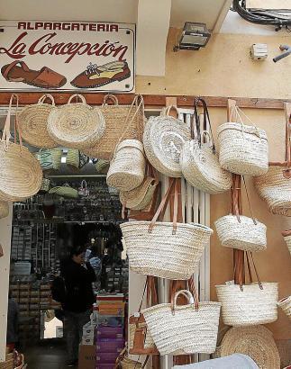 Eher Ausnahme als Regel: Die Alpargatería La Concepción ist bei Touristen sehr beliebt und läuft auch ohne Online-Shop.