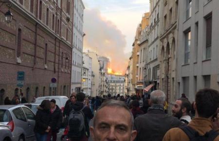 Joan Pol, selbst Brandschutzexperte, befand sich auf einer Konferenz mit der Pariser Feuerwehr, als der Notruf einging.