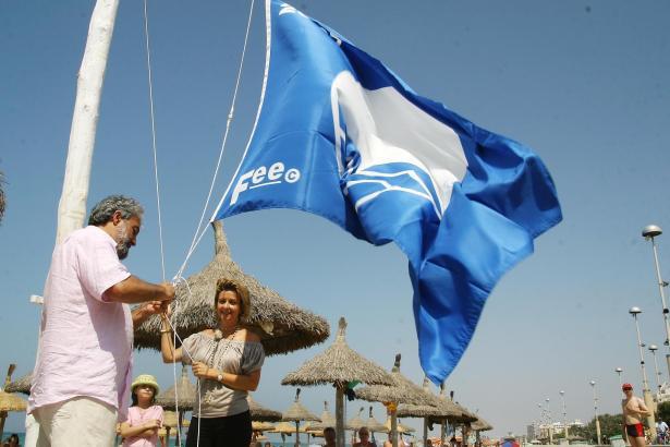 An Mallorcas Stränden wehen diesen Sommer insgesamt 32 Blaue Flaggen.