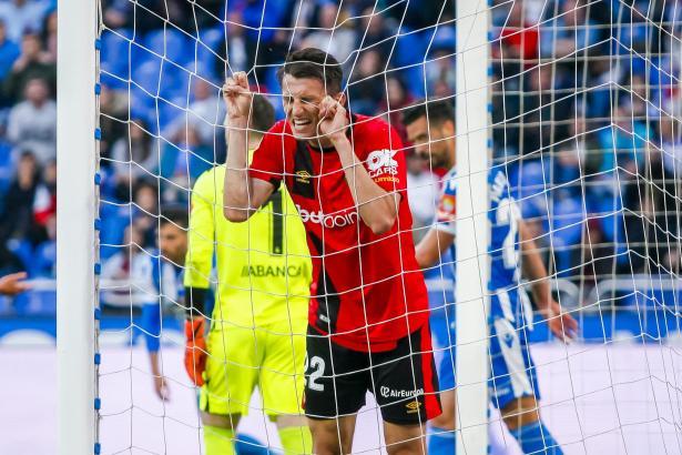 Schon im Laufe der Partie lief nicht alles glatt bei Real Mallorca. Hier schreit Ante Budimir seinen Frust heraus.