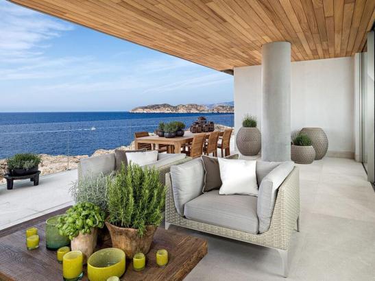 Die Visa-Inhaber investierten zwischen 800.000 und 1,5 Millionen Euro in Immobilien.