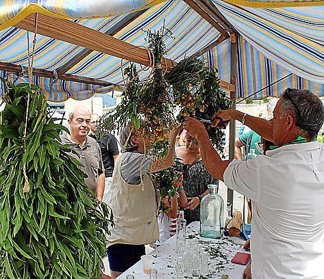 In Selva wird die Kräutermesse gefeiert.