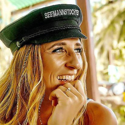 """Julia Böttcher alias Seemannstochter wurde im vergangenen Jahr mit ihrem Song """"Lass uns losziehen"""" zum Werbegesicht des Autohers"""