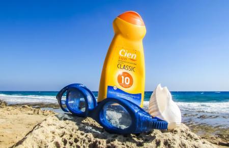 Sonnenschutz ist an Mallorcas Stränden unverzichtbar.