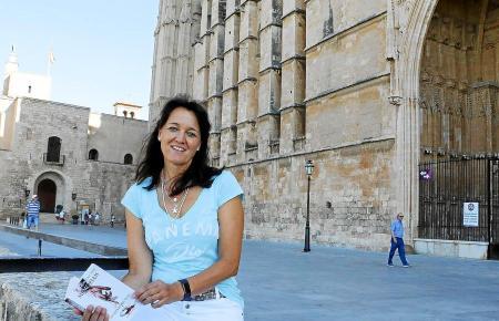 """Autorin Caroline Pfundstein, die unter dem Pseudonym """"Caroline Stein"""" einen Mallorca-Krimi geschrieben hat."""