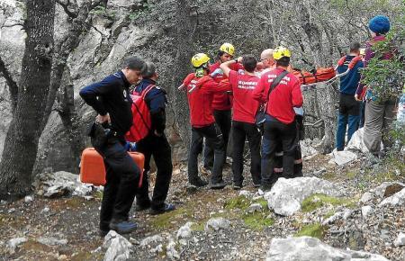 Die Bergrettung ist bei Valldemossa im Einsatz.