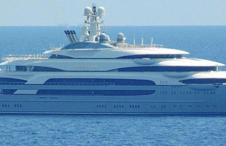 """300 Millionen Dollar teuer, 140 Meter lang: Die """"Ocean Victory"""" ist eine Yacht der Superlative."""