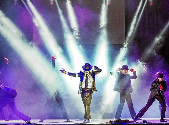"""Die Show bietet ein getreues Abbild der Auftritte des """"King of Pop""""."""