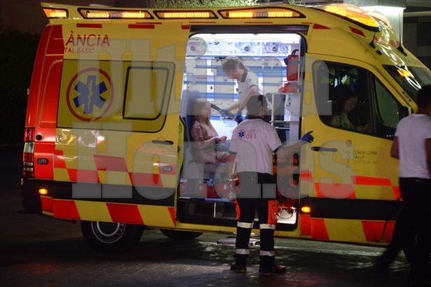 Das Mädchen wurde im Rettungswagen erstbehandelt.