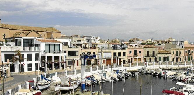 Die Uferpromenade von El Molinar.