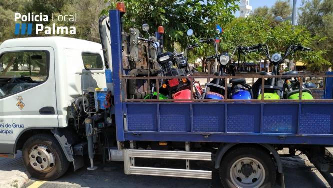15 Elektroroller hat die Polizei an der Playa de Palma aus dem Verkehr gezogen.