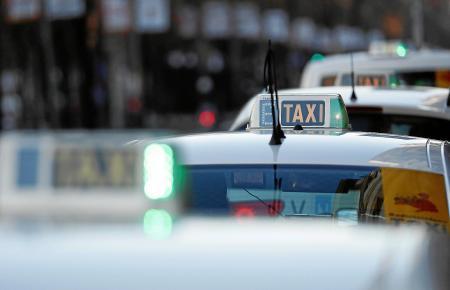 In Palma herrscht diesen Sommer Taximangel und eine Lösung des Problems ist vorerst nicht in Sicht.
