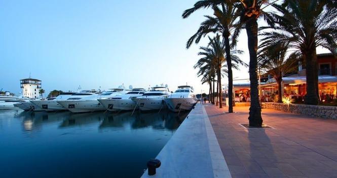 Blick auf den Hafen von Puerto Portals.