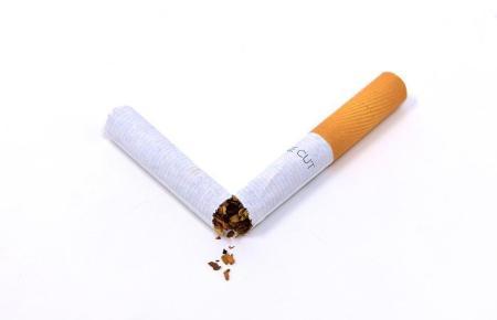 Das Rauchen wird auch an Stränden immer uncooler.