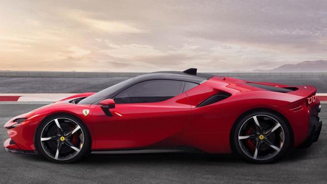 Voilà, ein roter Ferrari.