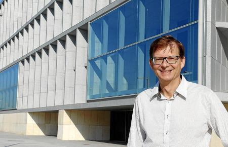 """Artfair-Organisator Matthias Rüthmüller sagte einst: """"Es gäbe schon längst eine erfolgreiche Kunstmessehier, wenn das Kongresszentrum früher fertig gewesen wäre."""""""