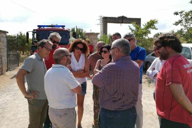 Auch Inselratspräsidentin Catalina Cladera (Sozialisten) machte sich an der Unfallstelle ein Bild der Lage.
