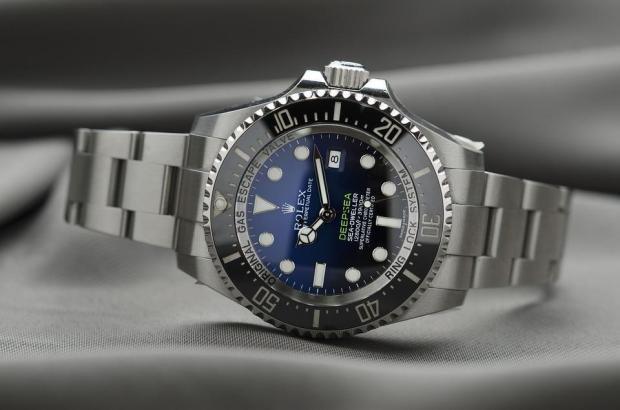 Blick auf eine Rolex-Uhr, die gestohlen wurde.