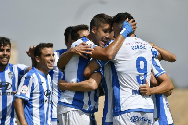 Die Kicker von Atlético Baleares hatten gegen UD Sanse Grund zum Jubeln.