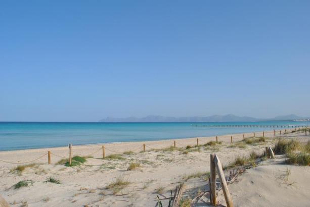 Die traumhafte Playa de Muro gibt es nur auf Mallorca.