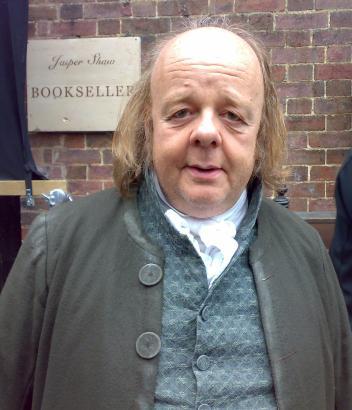 Gestatten, Roger Ashton Griffiths.