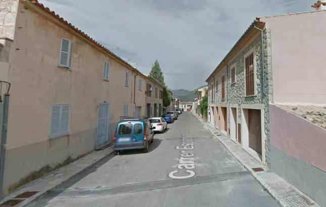 In der Calle España in Moscari wurde der Belgier nach einem Brand leblos entdeckt.