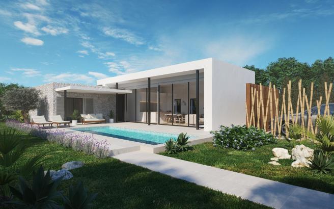 Die Westseite besteht aus raumhohen, isolierverglasten Schiebetüren, welche die Verbindung zu den Terrassen und dem Pool schaffen.