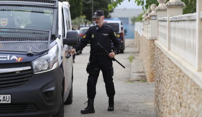 Die spanische Nationalpolizei ist mit der Angelegenheit befasst.