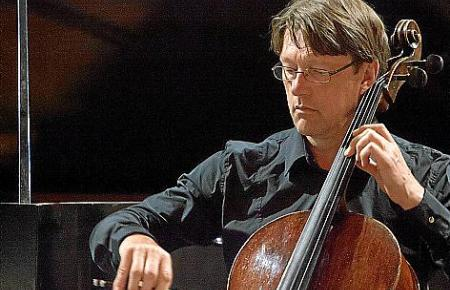 Cellist Dietmar Schwalke.