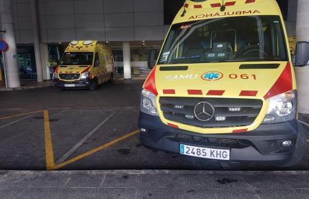 Ambulanzen vor dem Son-Espases-Krankenhaus.