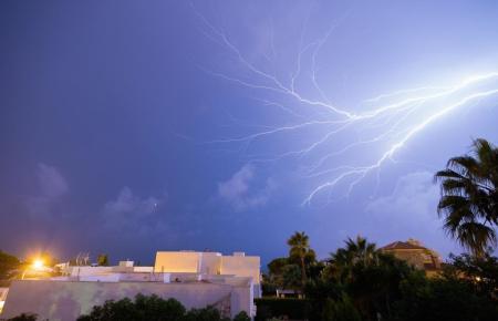 Blitze über Mallorca.