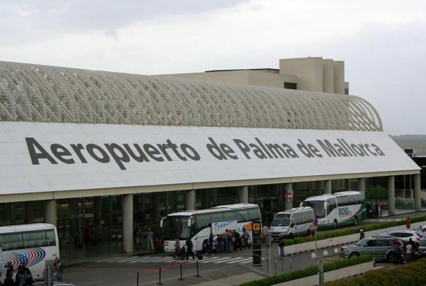Blick auf den Flughafen von Mallorca.