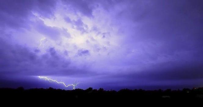 Es gingen auffallend viele Blitze nieder.
