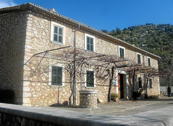 Die Tossals-Verds-Hütte in der Serra de Tramuntana.
