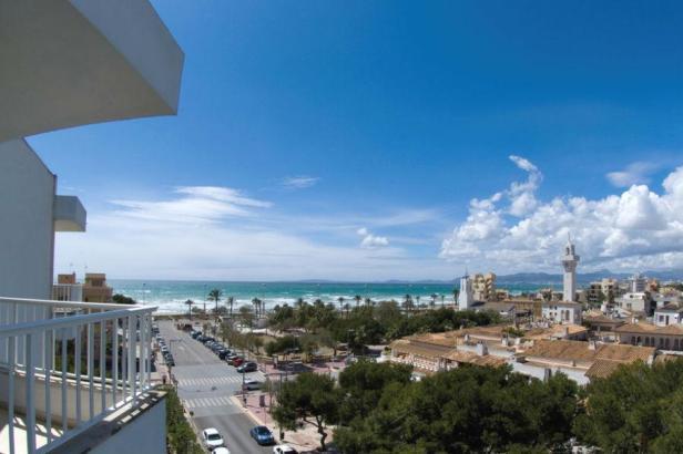 Blick herunter vom Hotel Riu Concordia.