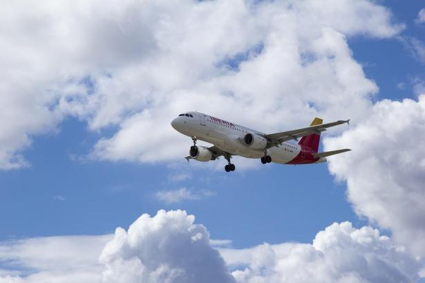 Iberia hat durch die Übernahme die Führung im Reiseverkehr zwischen Europa, Lateinamerika und der Karibik errungen.